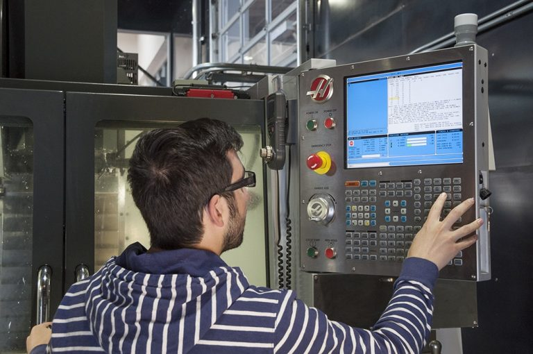 Different Software Needed to Run a CNC Machine
